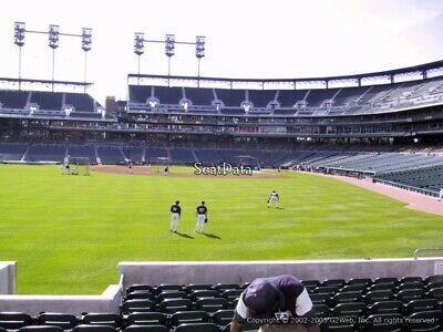 2 Tickets Chicago White Sox @ Detroit Tigers 4/18/19 Comerica Park Detroit, MI