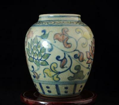 Chinese Old Hand-Made Cracked Glaze Porcelain Hand Painted Lotus Pot B02