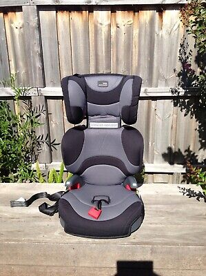 Britax Safe-n-Sound Expandable Booster Seat in great condition, grey and black