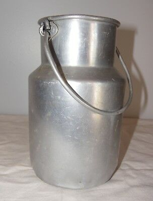 Ancien Pot A Lait En Aluminium  Old Aluminum Milk Pot