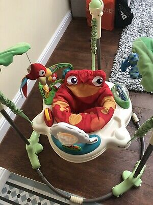 jumperoo rainforest EXCELLENT CONDITION CLEANED ALL WORKING
