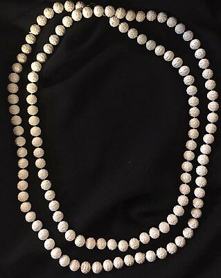 Retro Vintage 1940's White Carved Bead Necklace