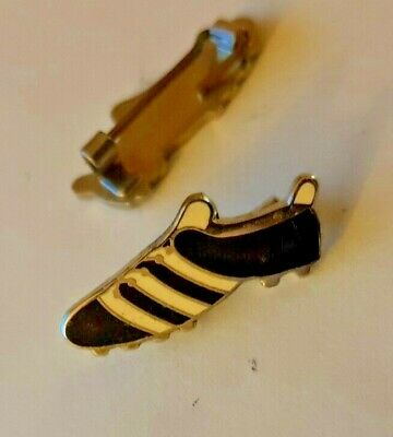 Black & White Stripes Football Boot Enamel Pin badge NEW Newcastle United