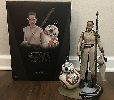 Hot Toys Star Wars Episode VII (7) Force Awakens: Rey and BB8