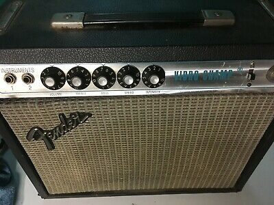Fender Vibro Champ Silverface