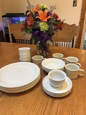 Stonehenge Midwinter White Dishes Place Setting For 4
