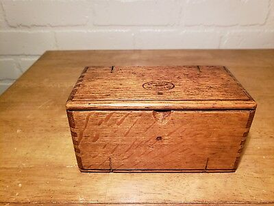 Antique Oak Singer Puzzel Box With Velvet Cloth Liner