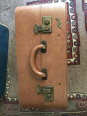 RARE1930's Vintage Regal Suitcase in immaculate condition with original hangers.