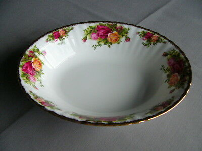 """Vintage First Quality Royal Albert Old Country Roses 9"""" Oval Serving Bowl/Dish"""