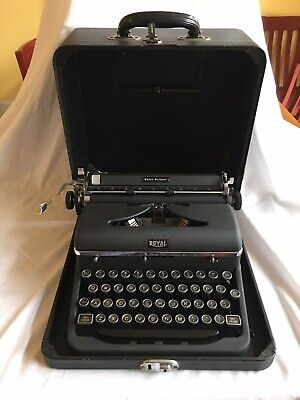 Vintage Royal Quiet Deluxe Portable Typewriter With Case 1929 Works Glass Keys