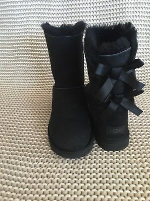 44e02a77840 UGG MINI BAILEY Bow Ii 2 Black Water-Resistant Suede Boots Size Us 5 ...