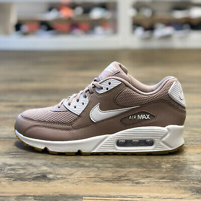 check out bbfbd 5eb9a Nike Air Max 90 Essential Gr.40,5 Schuhe Sneaker Freizeit 270 Neu 325213