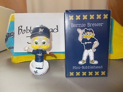 Nib 2018 Bernie Stitch N Pitch Mascot Milwaukee Brewers Bobblehead 6/11/18 Snp