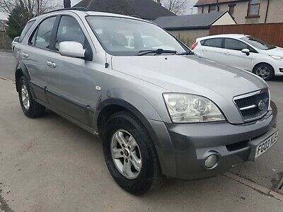 Kia Sorento 2.5 CRDi XE Manual, 4x4, Estate, Silver, Diesel