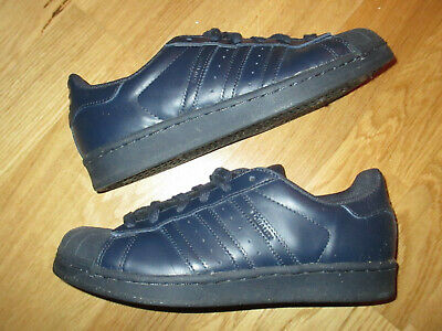"new style 5fe19 01afb Sneakers adidas x Pharrell Williams Superstar Supercolor Pack ""Night Navy""  Gr.38"