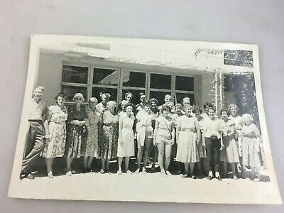 Vintage Photograph - B & W - Group Of People On A Coach Trip In New Zealand