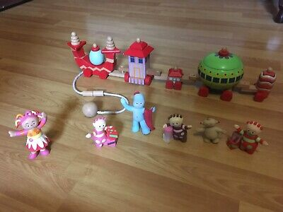 In The Night Garden Ninky Nonk Train Pull Along Toy & Figurines Lot