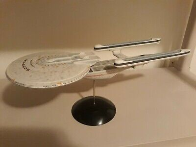 AMT ROUND 2 Star Trek Built USS Excelsior NX-2000 1/1000 Scale Model