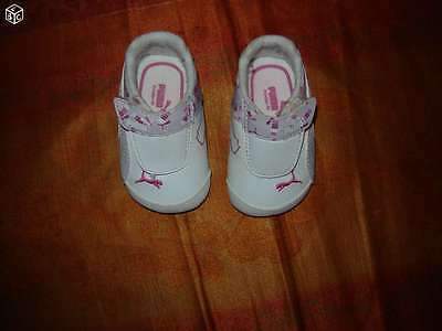 PUMA BASKET FILLE taille 17