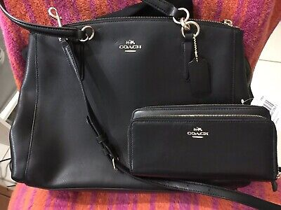 11ff48695132 COACH Purse and Wallet Set! New. Valued Both Over  600