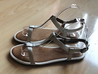 2539f1a1010a CLARKS BLACK LEATHER Risi hop Sandals Size 5 - £17.00