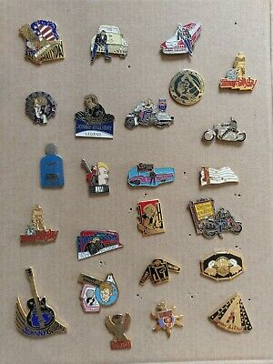 "Lot de 24 PIN'S "" JOHNNY HALLYDAY """