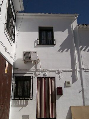 Traditional 2 Bed Modernised Spanish Town House, Spanish Property/House