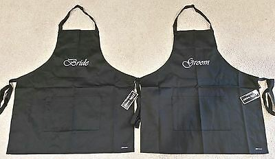 """2x Aprons  """" 1x BRIDE & 1x GROOM """" Matching Aprons !! BNWT Embroidered Aprons"""