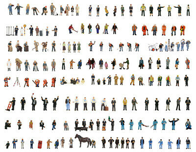 Bachmann sets of hand painted figures in OO gauge (32 sets) - 36xxx