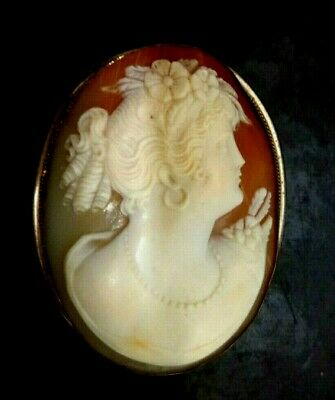 TOP QUALITY Large Antique Victorian Vintage Brooch carved Cameo in Silver Frame