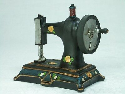 Antique Style Sewing Machine Figurine MCH 0326 Poly Resin NEW