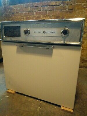 Vintage General Electric wall oven, Space Age Modern, MCM, 1960s, clean!