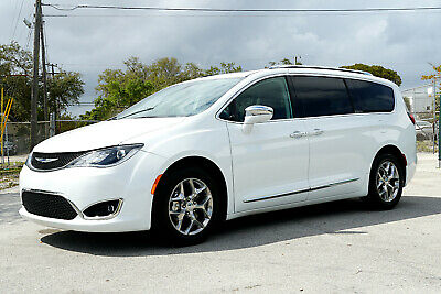 2018 Chrysler Pacifica ** CLEAN TITLE! FULLY LOADED!  ** 2018 Chrysler Pacifica Limited 2017 2019  Honda Odyssey EXL EX-L Toyota Sienna