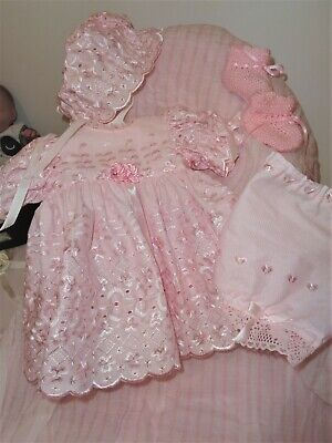 Pretty Outfit For Reborn/newborn Doll - Beautiful Pink Anglaise - 4 Pieces