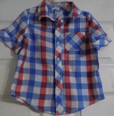 df418fcb8 Boy's Old Navy Button Up Shirt Size 4T Short Sleeve Boys Red White Bllue