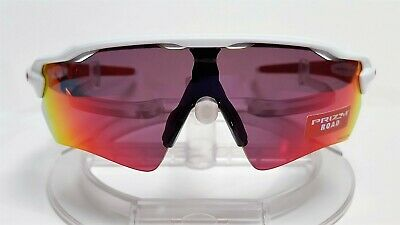 3b0f8dbd183 NEW OAKLEY