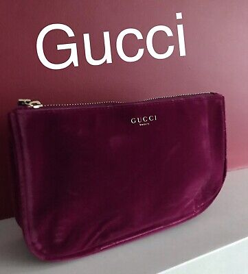 14119bda8a92 GUCCI BEAUTY BURGUNDY Red Pouch Makeup Bag Velvet Cosmetic Case ...
