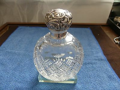 Antique Cut Glass Sterling Top Perfume Bottle Goldsmiths & Silversmiths Co Ltd