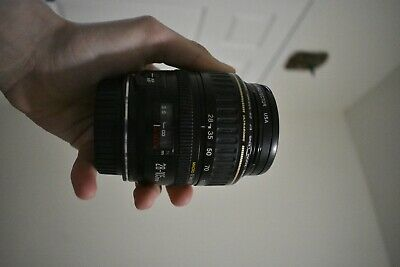 Canon EF 28-105mm f/3.5-4.5 II EF USM Lens near perfect condition