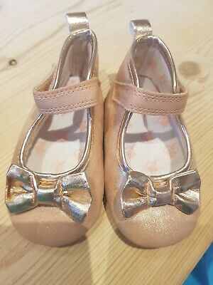 2ee2b4f5d76d0a BABY GIRLS. TED Baker Crib Shoes. Rose Gold. Age 3-6 Months. - £3.06 ...