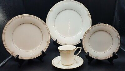 Noritake Satin Gown 7730 5 Piece  Place Setting (S)