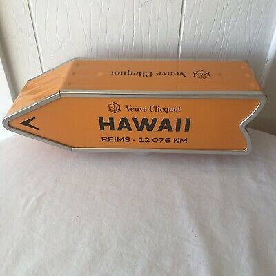 Veuve Clicquot Arrow Tin Hawaii Reims Champagne Journey Arrow Street Sign NICE!