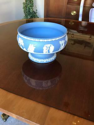 Wedgwood Jasperware Cream Color on Lavender (Pale Blue) Round Footed Bowl