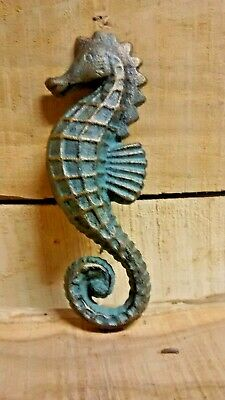CAST IRON NAUTICAL SEAHORSE Decorative wall hanging for Pool Bath green bronze