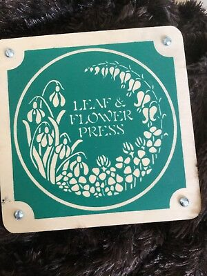 Leaves And Flowers Press The Art Of Pressing by Sunstone INC.
