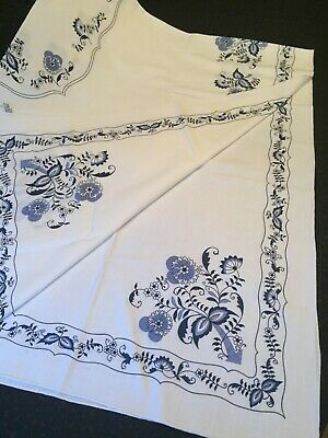 BLUE DANUBE 52 x 70 RECTANGULAR TABLECLOTH - NEW IN PACKAGE -Japan Blue Onion
