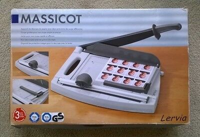 MASSICOT Lervia GUILLOTINE - Paper Cutter  ** PICK UP ONLY **