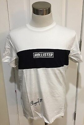 1b22d8386 NWT Hollister Men's Colorblock Logo Graphic Tee, white and navy, Large