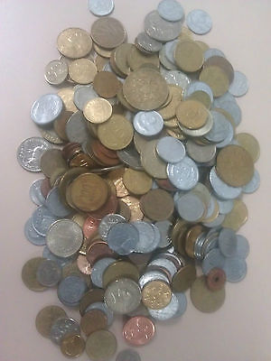 FREE POST 1 kg bulk lot of world coins nice assortment