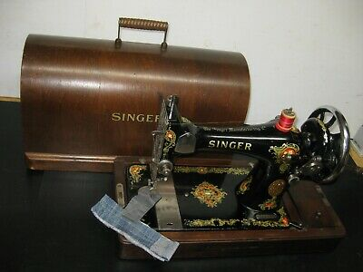 Old Vintage Singer 128 Hand Operated Crank Sewing Machine With Carry Case